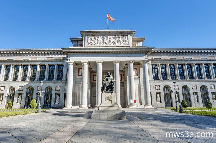 متحف برادو في مدريد