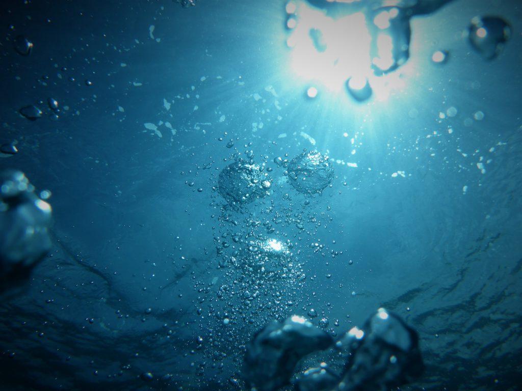 شرب الماء لانقاص الوزن