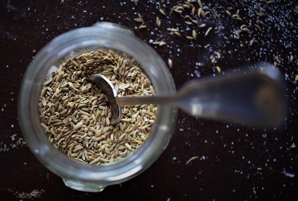 فوائد بذور الكتان للبشرة