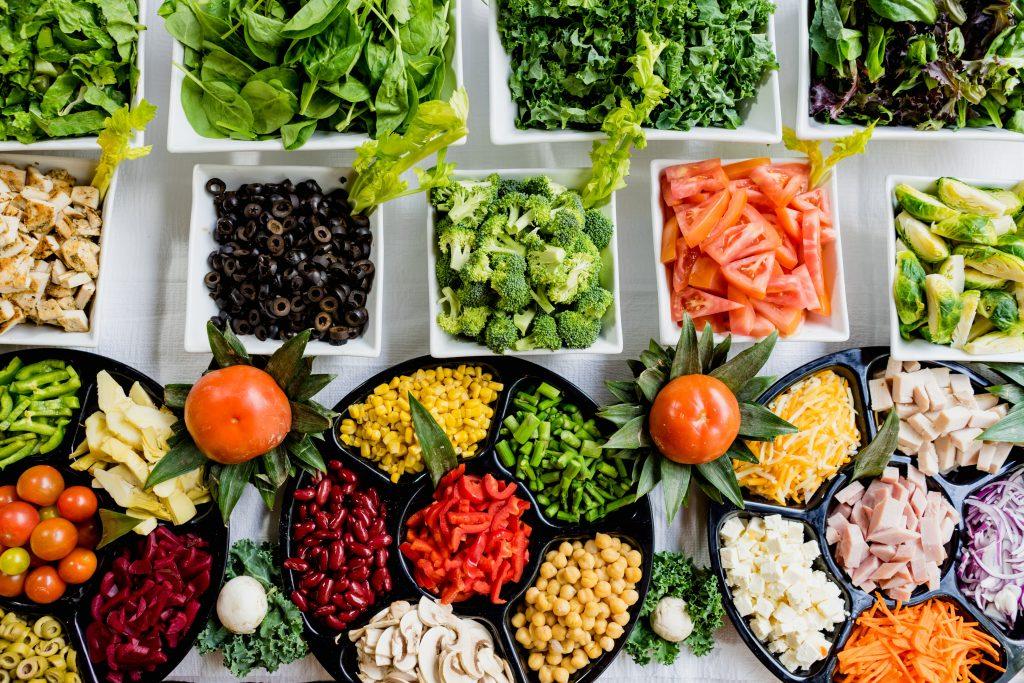 أطعمة وأكلات ممنوعة أثناء الحمل